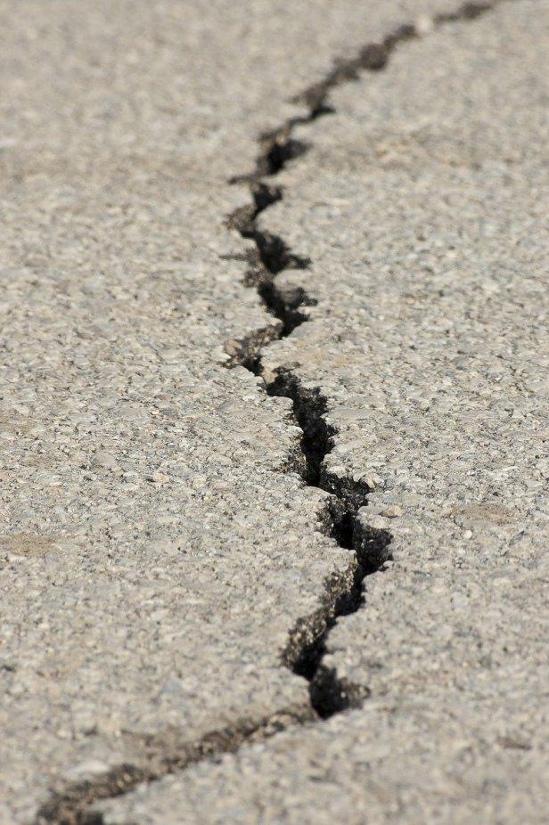 earthquake-1665892_12806346449573285297612.jpg